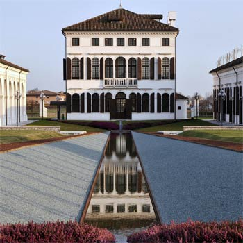 Benetton Headquarters in Italien